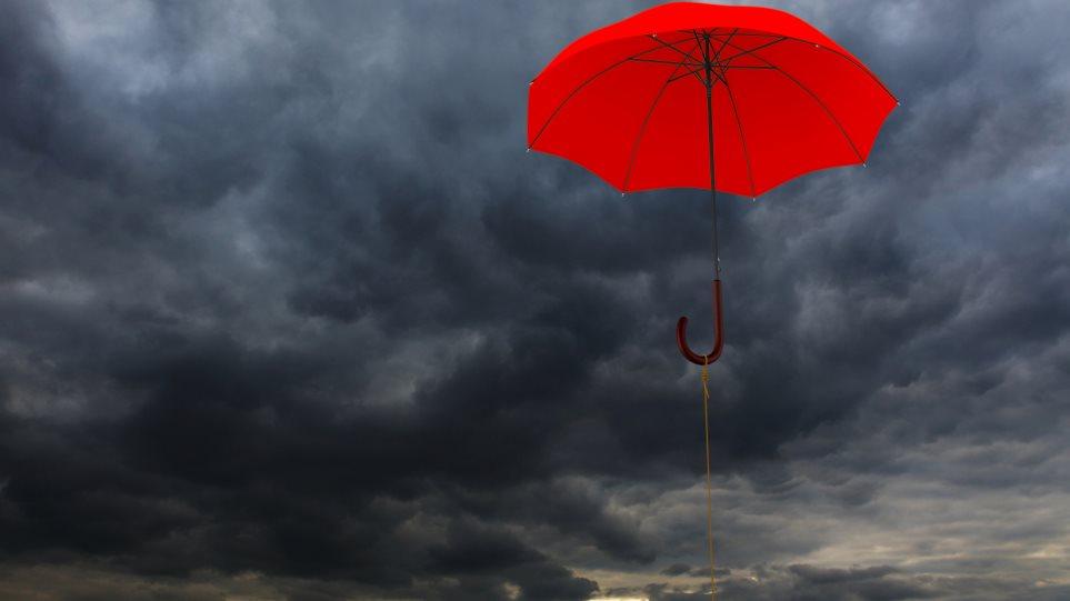 Καιρός: Νεφώσεις με τοπικές βροχές και σήμερα Τετάρτη 15/2