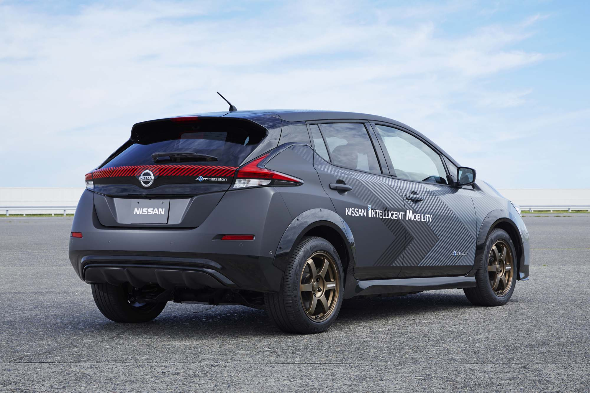 Τεχνολογία διπλού μοτέρ και σύστημα ελέγχου όλων των τροχών δοκιμάζει η Nissan
