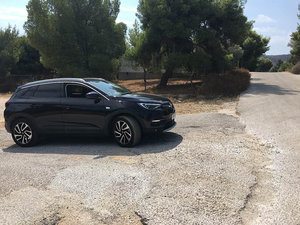 Opel Grandland X Ultimate 1.5 Diesel MT6 : Καλύπτει τις ανάγκες του σύγχρονου οικογενειάρχη