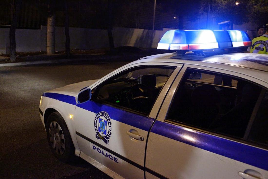 Αποτέλεσμα εικόνας για Δράστες έκλεψαν αστυνομικό και του αφαίρεσαν το όπλο στο Μενίδι