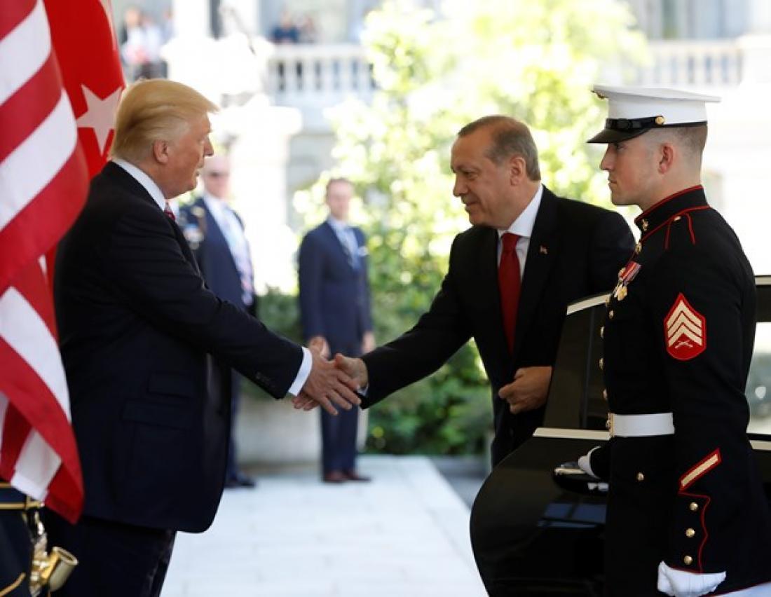 Έκπληξη για την κίνηση των ΗΠΑ να παύσουν την δίωξη των σωματοφύλακων του Ερντογάν για τα επεισόδια με τους Κούρδους τον Μάιο του 2017