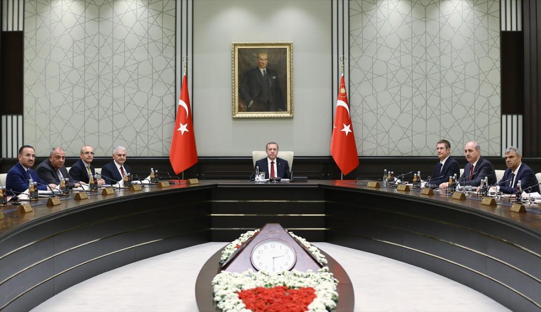 Κλιμακώνει την ένταση ο Ερντογάν - Μπαράζ απειλών και διεκδικήσεων