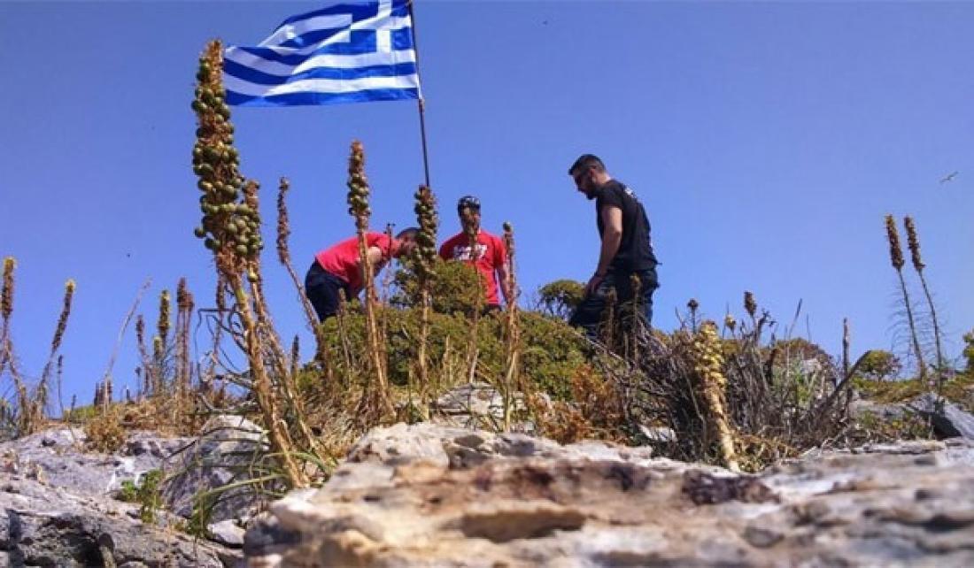 «Ανεβάσαμε τη σημαία για να τιμήσουμε τον ήρωα Γιώργο Μπαλταδώρο»