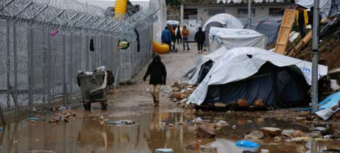 Έκρυθμη η κατάσταση στη Μόρια: Διαψεύδουν οι Αρχές τις φήμες για τους νεκρούς-Εγκαταλείπουν το μέρος οι Κούρδοι