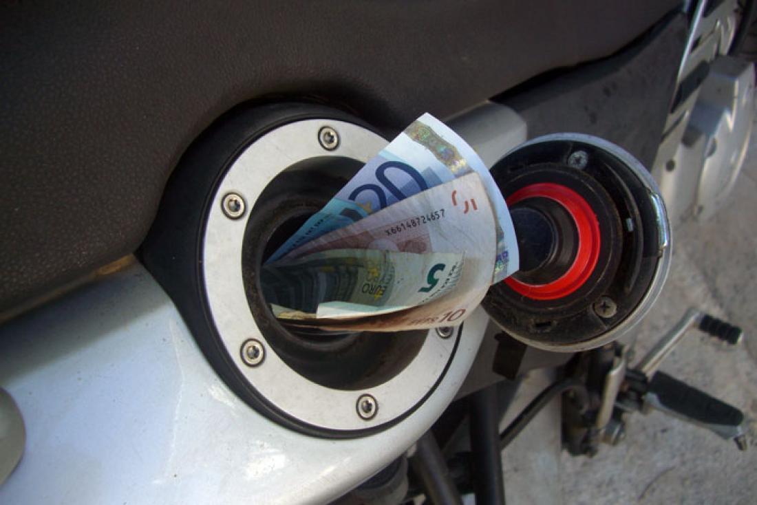 Αποτέλεσμα εικόνας για αυξηση τιμης βενζινης