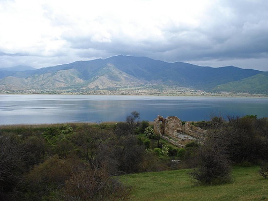 Συμφωνία Ελλάδας-Σκοπίων: Βαρκάδα, γεύμα και... υπογραφές!
