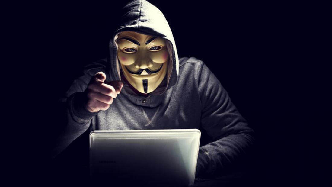 Ηλεκτρονική επίθεση σε αλβανικές ιστοσελίδες πραγματοποίησαν οι «Anonymous Greece», μετά την είδηση του θανάτου του Κ. Κατσιφά
