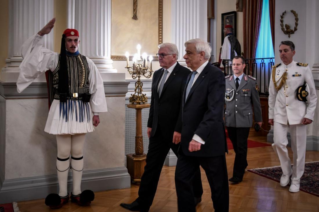 Στις γερμανικές αποζημιώσεις θα αναφερθεί ο Πρόεδρος της Δημοκρατίας στο δείπνο προς τιμήν του Φρανκ Βάλτερ-Σταϊνμάιερ