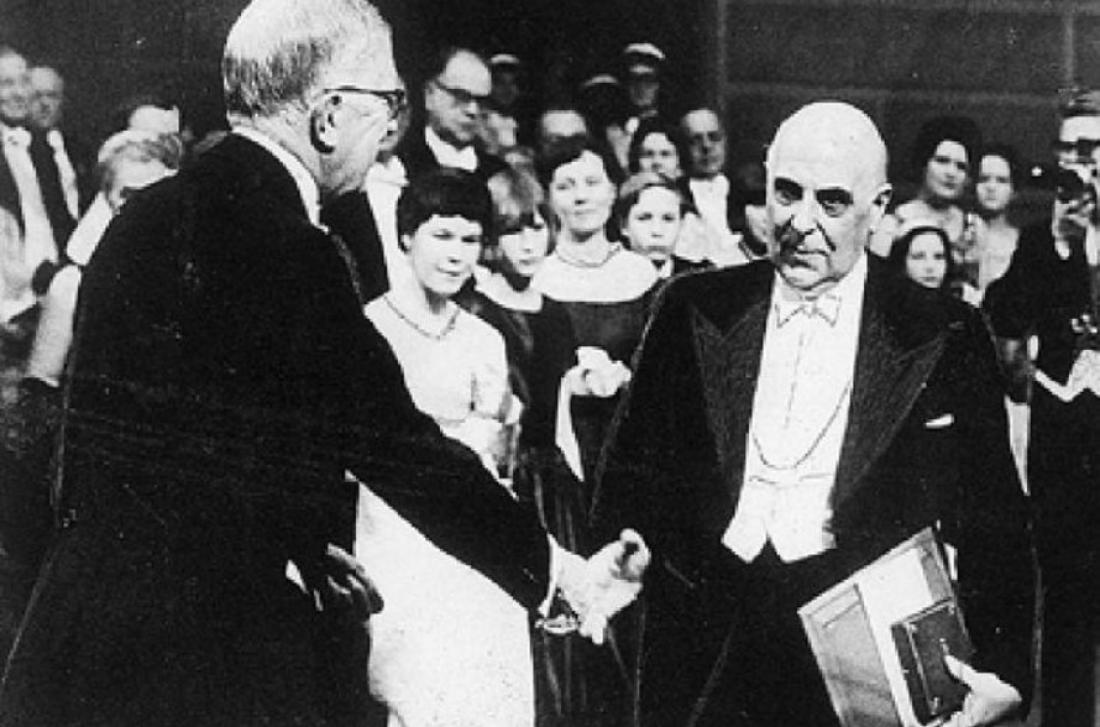 Σαν σήμερα 10 Δεκεμβρίου 1963 ο ποιητής Γιώργος Σεφέρης παίρνει το Νόμπελ Λογοτεχνίας
