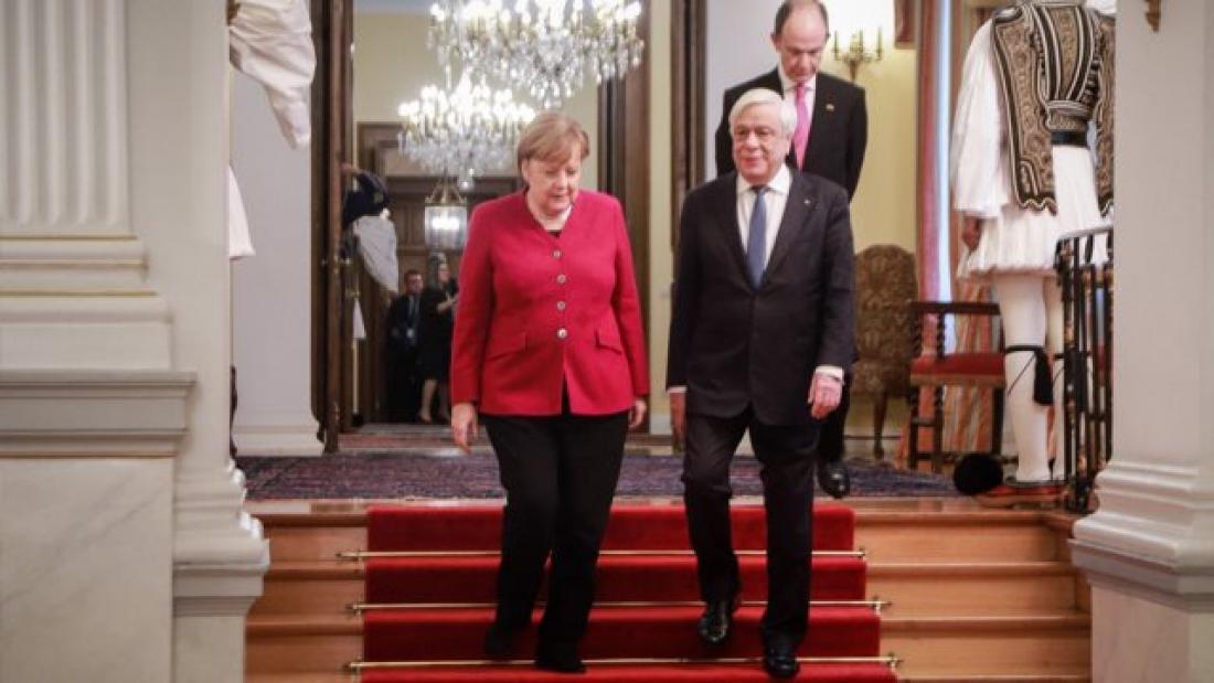 Παυλόπουλος: Δικαστικά επιδιώξιμες οι γερμανικές αποζημιώσεις - Μέρκελ: Έχουμε μόνο ιστορική ευθύνη