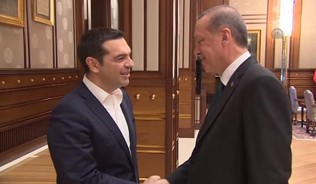 Με χαμηλές προσδοκίες και υπό την ένταση των ελληνοτουρκικών σχέσεων, ο Αλέξης Τσίπρας στην Τουρκία, παρά την παραίτηση Καμμένου που εξόργιζε την Άγκυρα