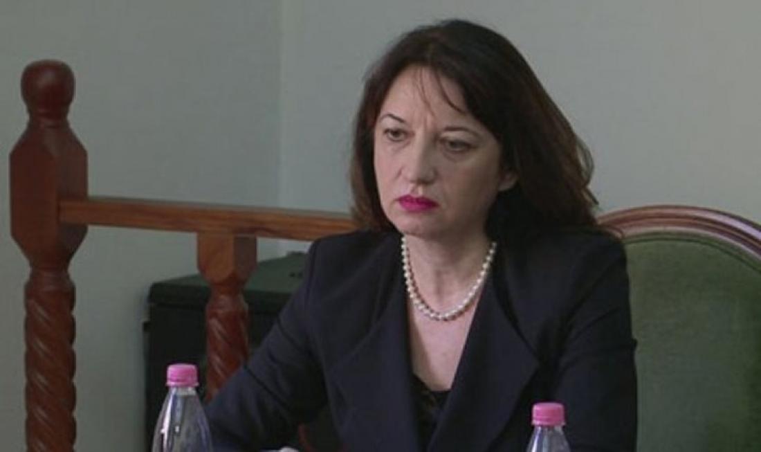 Έντονο παρασκήνιο: Καρατομήθηκε η πρέσβης της Αλβανίας στην Αθήνα με αφορμή την κλοπή 100 διαβατηρίων