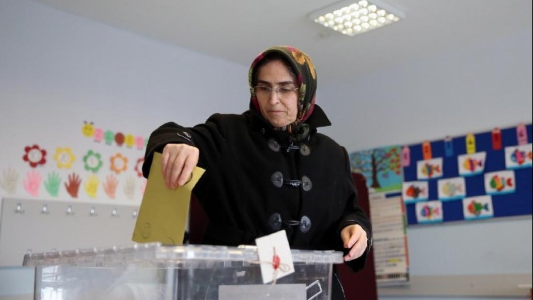 Βάφονται με αίμα οι εκλογές στην Τουρκία
