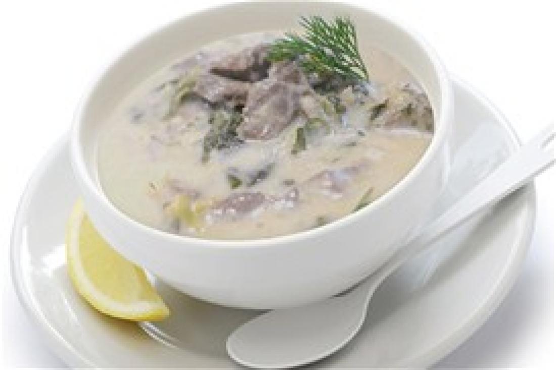 Συνταγή μαγειρίτσας: Παραδοσιακή μαγειρίτσα με συνταγή Δημήτρη Σκαρμούτσου