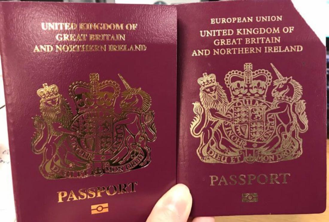 Brexit: Η Βρετανία εξέδωσε διαβατήρια χωρίς την ένδειξη «Ευρωπαϊκή Ένωση» - Διχασμένοι οι πολίτες