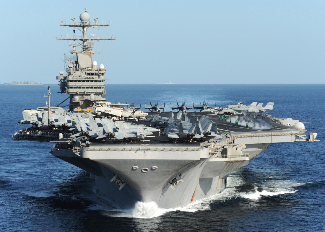 Αμερικανικά αεροπλανοφόρα απειλεί να πλήξει το Ιράν
