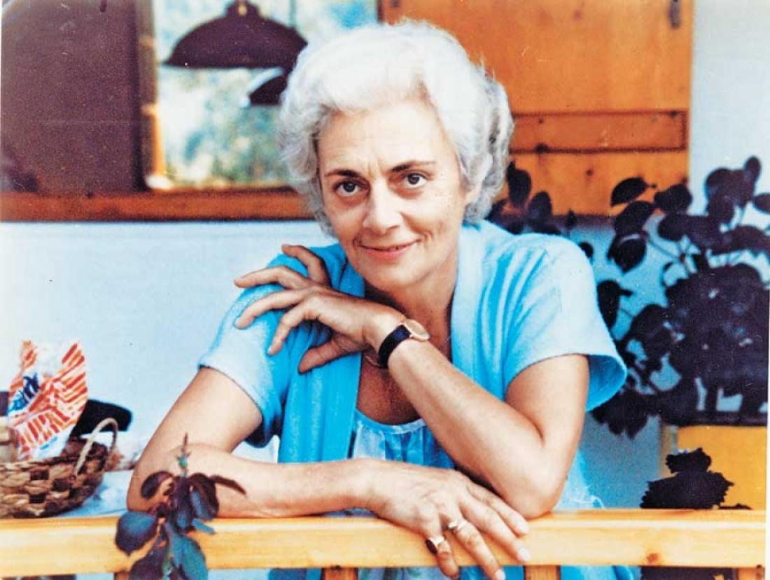 Σαν σήμερα9Ιουνίου 2012 πέθανε ηΖωρζ Σαρή,  ηθοποιός και από τους σπουδαιότερους συγγραφείς παιδικών βιβλίων