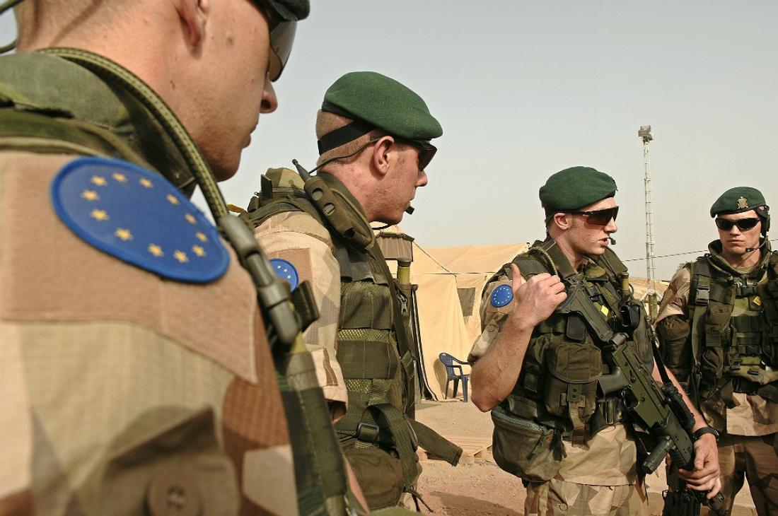 Ελληνικός στρατός με «ευρωπαϊκό καπέλο» στη Λιβύη;