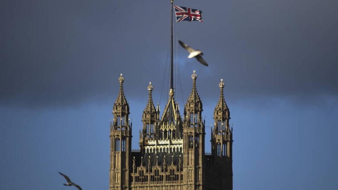Βρετανία: Επιλεκτικές βίζες μόνο σε ...άριστους στη μετά Brexit εποχή