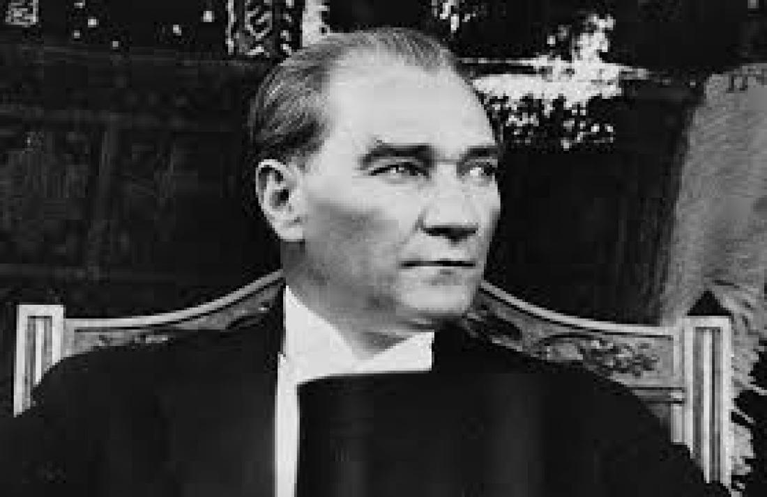 Σαν σήμερα 10Νοεμβρίου το 1938 πέθανεο  αναμορφωτής του τουρκικού κράτους, Μουσταφά Κεμάλ Ατατούρκ