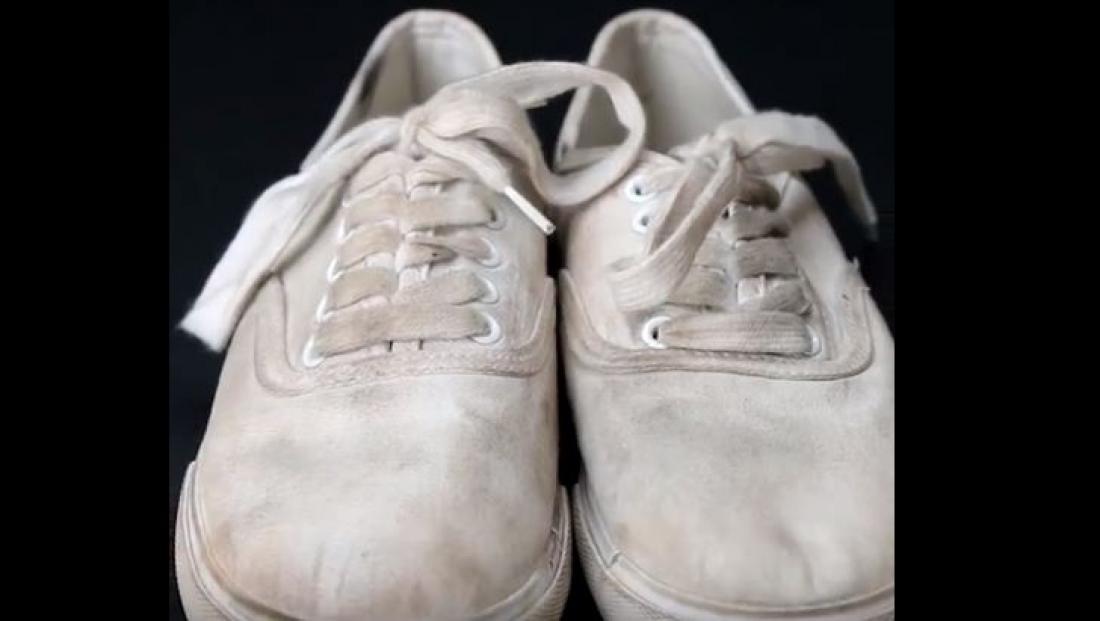 785bbff186f Πώς να καθαρίσεις τα άσπρα σου παπούτσια για τις διακοπές! (ΒΙΝΤΕΟ ...