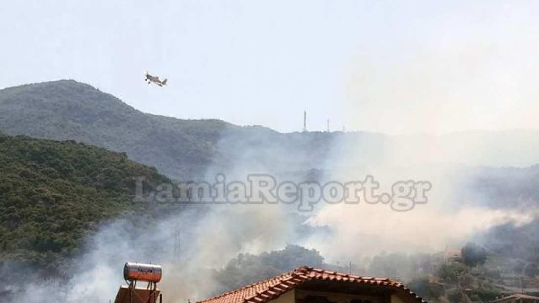 Νέα πυρκαγιά στα Καμένα Βούρλα αρκετά κοντά σε σπίτια
