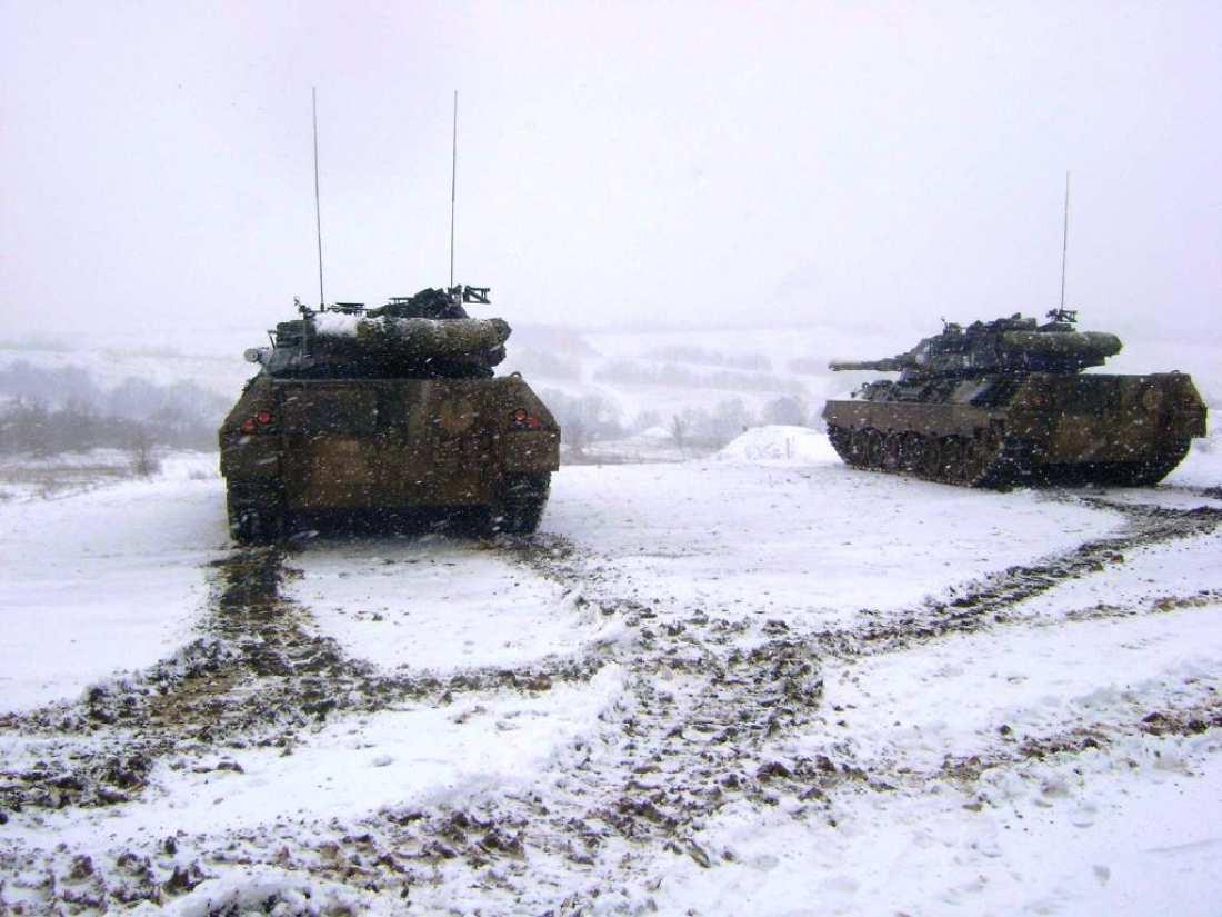 Επιχειρησιακή Εκπαίδευση της 50ης Μηχανοκίνητης Ταξιαρχίας στον χιονισμένο Έβρο (ΦΩΤΟ)