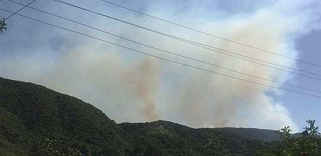 Νέα φωτιά μαίνεται από το μεσημέρι και κατακαίει περιοχή που είχε διασωθεί μέχρι τώρα ενώ αναζωπυρώνονται και παλιότερα μέτωπα-Οργανωμένες εμπρηστικές ενέργειες βλέπουν ορισμένοι (ΦΩΤΟ)