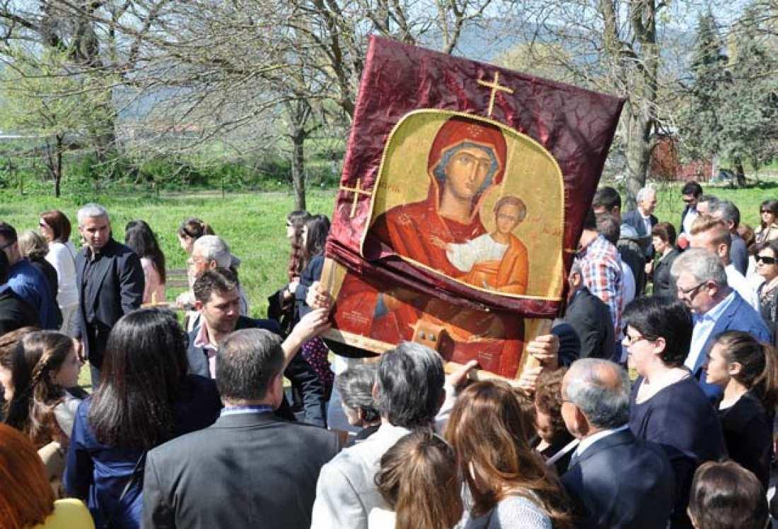 Δεκαπενταύγουστος: Η εικόνας της Παναγίας της Οδηγήτριας στο νομό Τρικάλων