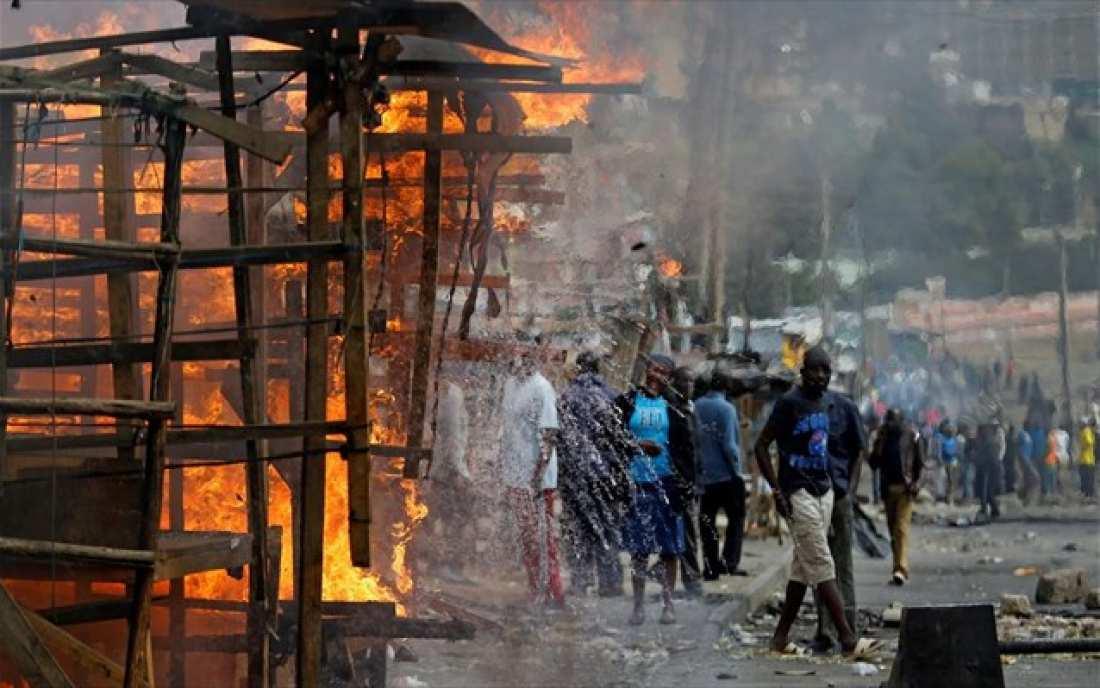 Στην καταγγελία ότι οι δυνάμεις της αστυνομίας σκότωσαν περισσότερους από 100 ανθρώπους, μεταξύ των οποίων και παιδιά, προέβη η αντιπολίτευση της Κένυας