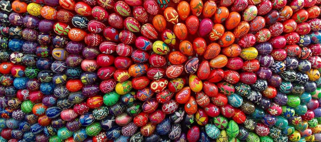 Είναι τέχνη! Δείτε πως βάφουν τα... πασχαλινά αυγά (ΦΩΤΟ)