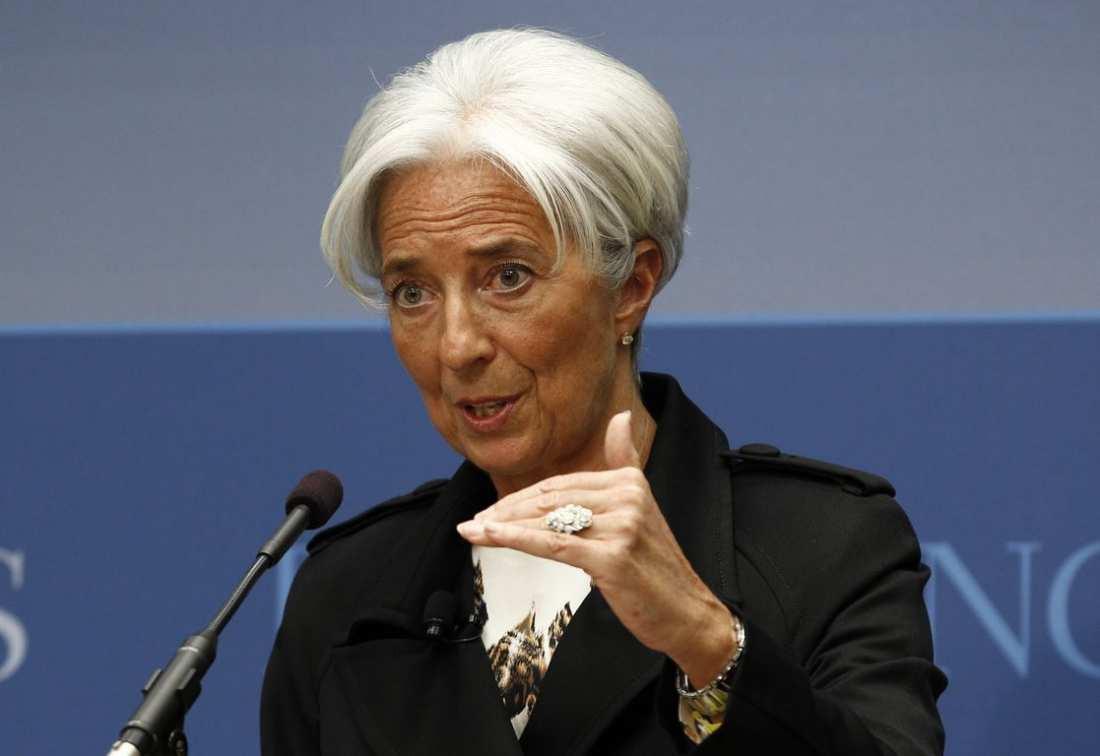 Η διευθύντρια του ΔΝΤ έθεσε με επιτακτικό τρόπο το θέμα της ελάφρυνσης του ελληνικού χρέους, ζητώντας συμφωνία για να μπορέσει το Ταμείο να λάβει μέρος στο ελληνικό Πρόγραμμα
