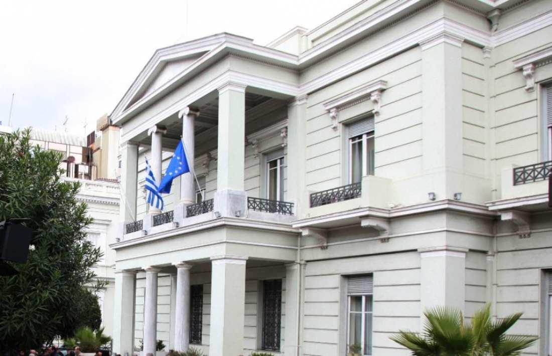 """Επιμένει η Αθήνα στην """"σκληρή"""" γραμμή στο Κυπριακό για εγγυήσεις και στρατεύματα κατοχής"""