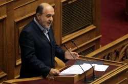"""Αλεξιάδης: """"Η κυβέρνηση δεν εξετάζει προς το παρόν την αύξηση του ορίου ένταξης στο ΦΠΑ"""""""