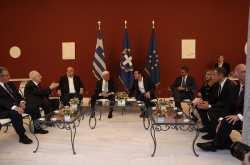 Οι παρόντες, τα «πηγαδάκια» και οι ατάκες στην δεξίωση του Προεδρικού Μεγάρου (ΦΩΤΟ)