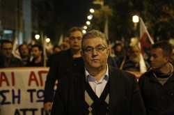 Συλλαλητήρια του ΠΑΜΕ ενάντια στις μειώσεις συντάξεων και μισθών σε Αθήνα και Θεσσαλονίκη (ΦΩΤΟ+ΒΙΝΤΕΟ)