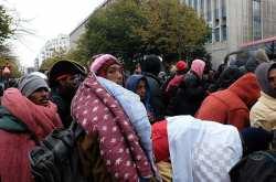 Γαλλία: Η αστυνομία κλέβει κουβέρτες προσφύγων για να τους αναγκάσει να φύγουν