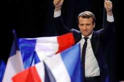 Γαλλικές εκλογές: Συντριπτική πλειοψηφία για τον Μακρόν-«Βατερλώ» στην Αριστερά-Ρεκόρ αποχής