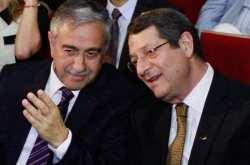 Ούτε μια ώρα δεν κράτησε η συνάντηση Αναστασιάδη με Ακιντζί-Σε τι διαφώνησαν