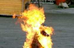 Απίστευτη οικογενειακή τραγωδία στο Διδυμότειχο-Έβαλε φωτιά στην μητέρα του και αυτοπυρπολήθηκε!