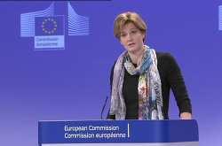 Η ΕΕ πιστεύει στους στόχους για το πρωτογενές πλεόνασμα