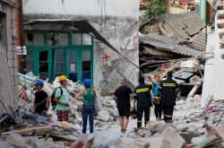 Σεισμός Μυτιλήνη: Απίστευτα αλλά ελληνικά:Δεν έχει τέλος το δράμα 200 σεισμοπλήκτων