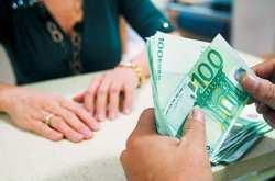 Έρχεται δέσμευση τραπεζικών λογαριασμών