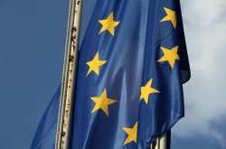 Μεγαλώνει η δυσαρέσκεια των πολιτών για την ΕΕ σε ισχυρά κράτη μέλη της