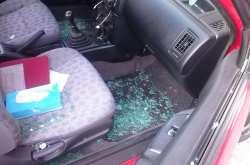 Αλγερινοί έσπασαν και έκλεψαν 107 αυτοκίνητα σε πλαζ της παραλιακής