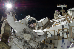 Επισκευές στον Διεθνή Διαστημικό Σταθμό (ΦΩΤΟ)