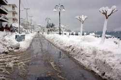 Χιόνια σε Αθήνα και Θεσσαλονίκη την Καθαρά Δευτέρα