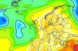 Καιρός: Έρχεται καύσωνας διαρκείας με 40 βαθμούς Κελσίου