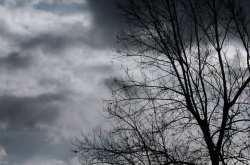 """""""Μέδουσα"""" ή """"Χάρυβδη"""", σίγουρα αυτό το κύμα κακοκαιρίας φαίνεται πως θα μας απασχολήσει-Βροχερή Δευτέρα και Τρίτη στην Αττική, Σποράδες-Θεσσαλία στο επίκεντρο-Τι λένε οι τελευταίες προγνώσεις"""