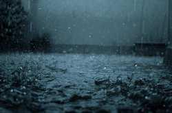 Βροχές και καταιγίδες κατά τόπους ισχυρές αναμένονται την Κυριακή.